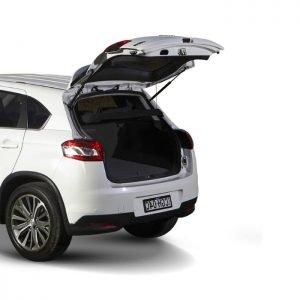 Inteligentny system otwierania i zamykania klapy bagażnika Peugeot 4008 2017 >