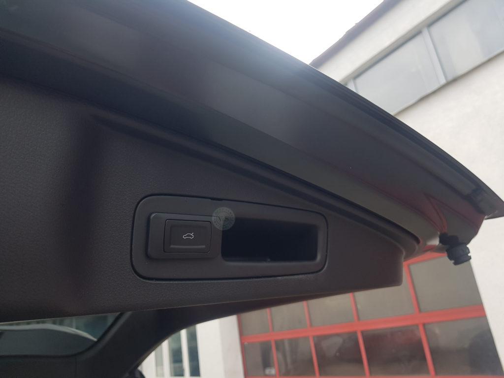 Inteligentny system otwierania i zamykania klapy bagażnika Honda CR-V 2018 >