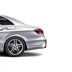 Inteligentny system otwierania i zamykania klapy bagażnika Mercedes E 2014 - 2015