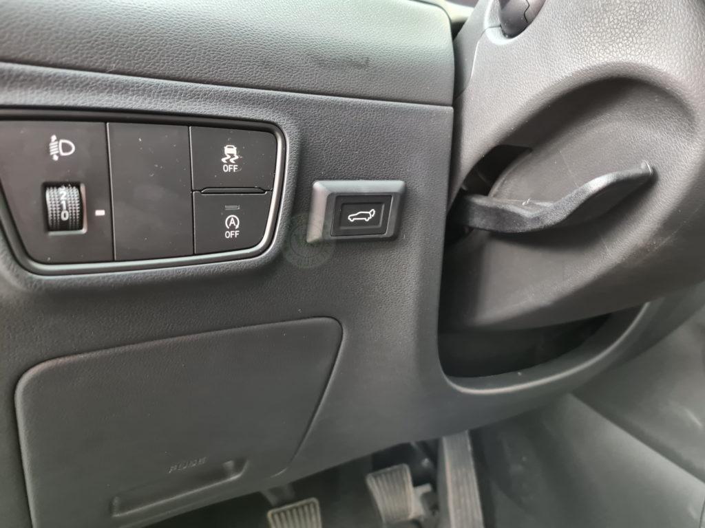 Inteligentny system otwierania i zamykania klapy bagażnika Hyundai Tucson 2021 >